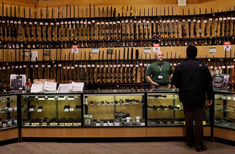 rules for firearms exports eased by U.S.