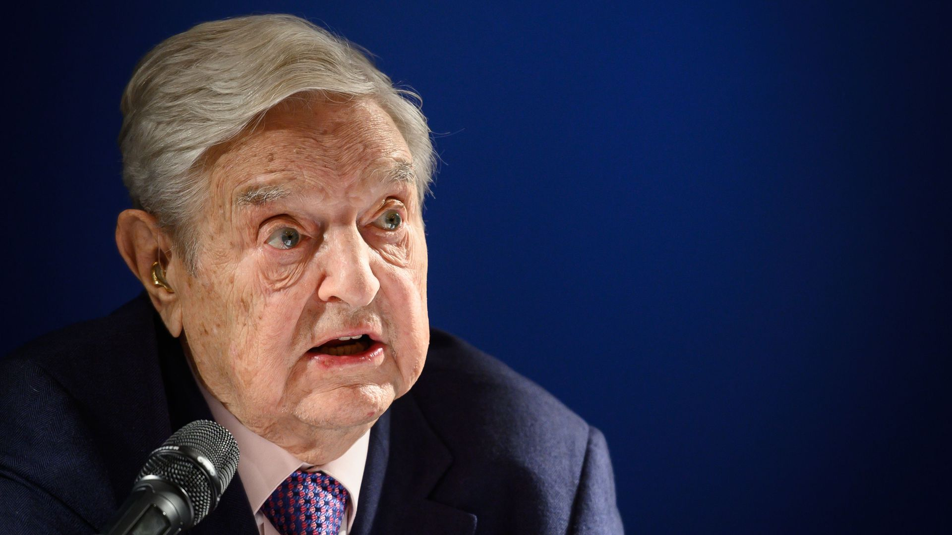 Soros warns Trump about a likely economic boom before the 2020 election