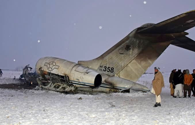 plane crashes in Ghazni Afghanistan